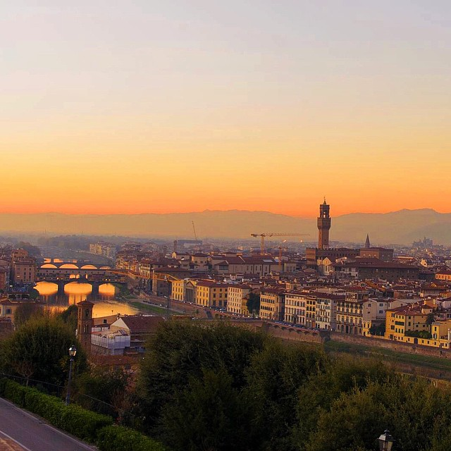 #sunset over Florence, Italy #takemeback #lushangeltravels #travel #lushangeltravelogue #tbt #throwbackthursday #italy #florence