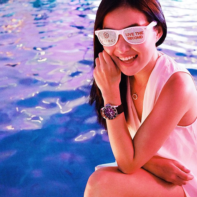 Pool party! (wearing @velocitime and @sferaph top) #VelociTime #VelociWhiteParty #PixRepublik #fashion #style #watches #PixRepublikPR #PixRepublikevents @rochelleromero