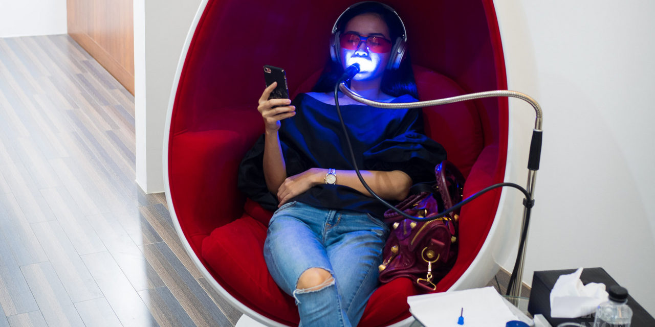 Teeth Whitening Without Pain and Downtime: Smile Bar Philippines Review + Prices