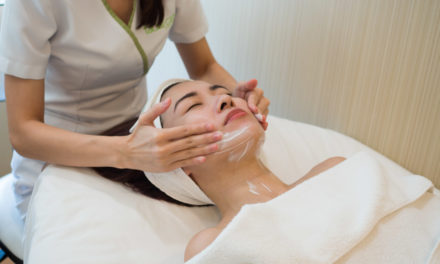 Facial Treatment 101: The Basic Steps of a Facial Treatment