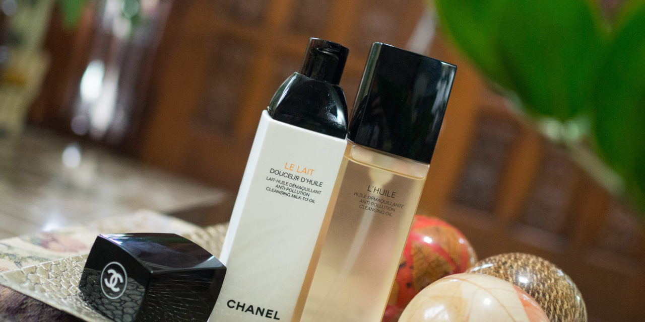 Chanel L'Huile Anti-Pollution Cleansing Oil and Le Lait Anti-Pollution Cleansing Milk-to-Oil + Review